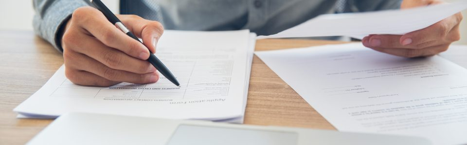 contract management review checklist